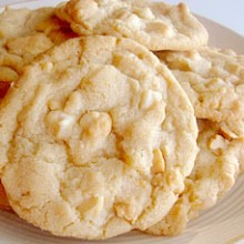 white choc macadamia cookies copy