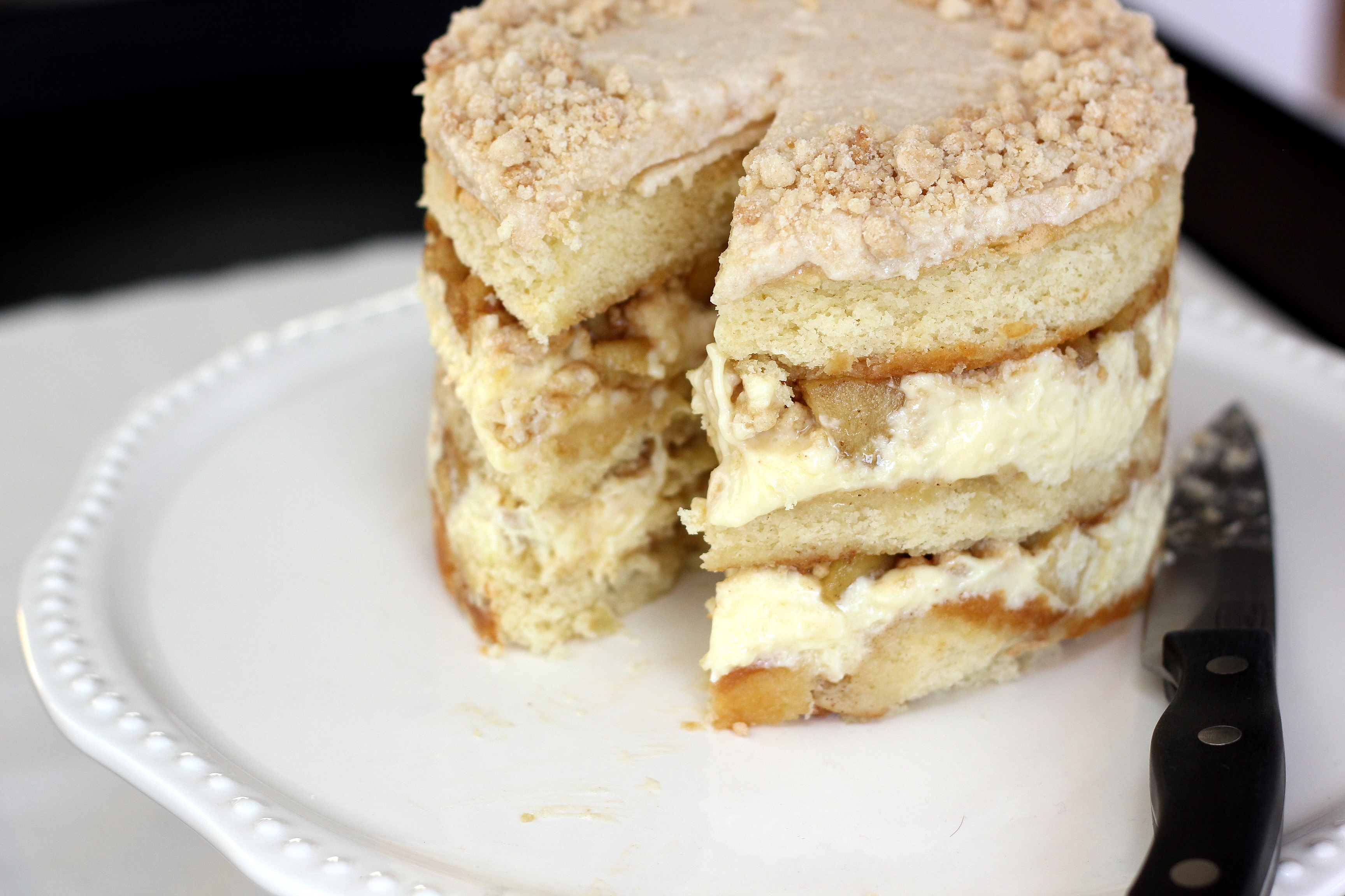 Apple Pie Cake With Caramel Sauce
