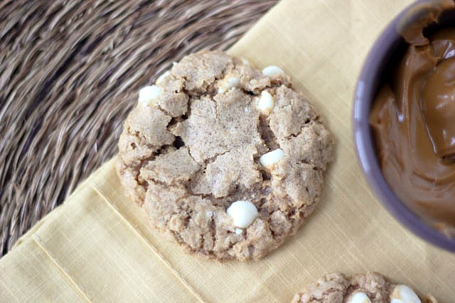 Biscoff Oatmeal Cookies with White Chocolate Chips
