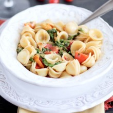 Smoky Tomato, Roasted Red Pepper & Arugula Pasta   Bake Your Day
