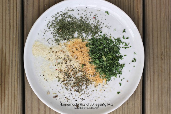 Homemade Ranch Seasoning Mix | bakeyourday.net