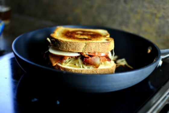 Apple & Bacon Grilled Cheese Sandwiches