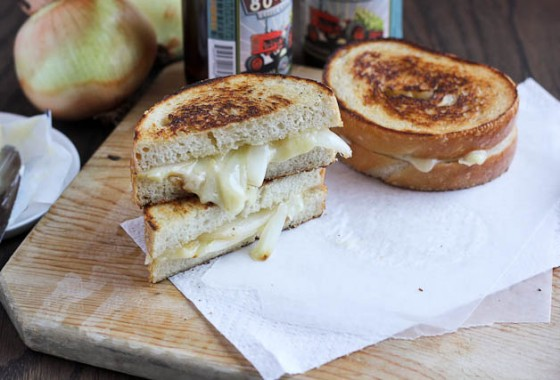 Grilled Onion Grilled Cheese