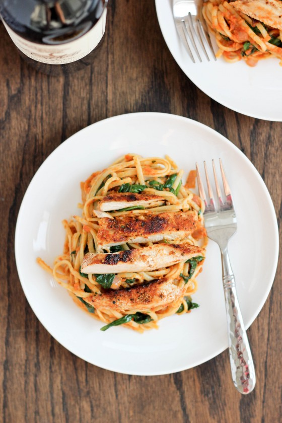 Sun-Dried Tomato Pesto Pasta with Spinach & Blackened Chicken