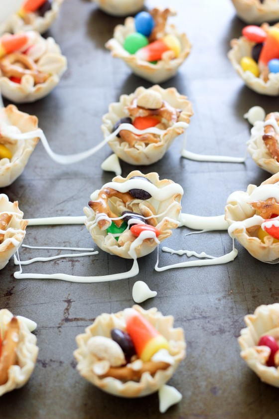 White Chocolate Halloween Candy Cups
