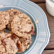 Toffee Crunch Olive Oil Oatmeal Cookies